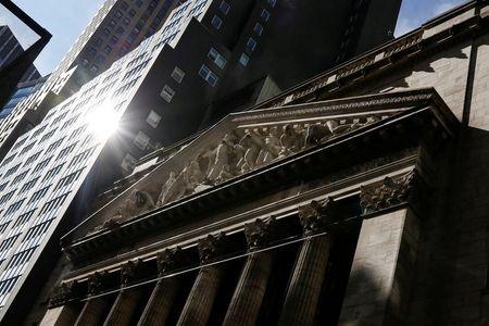 Pandemic fears send stocks, oil, yields lower