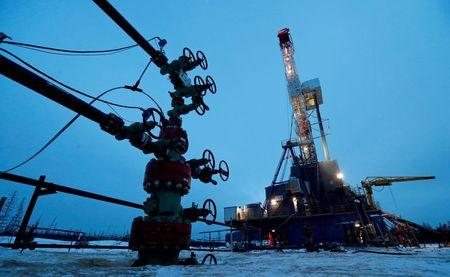 Oil prices drop 2% on U.S. crude build, COVID-19 surge in India