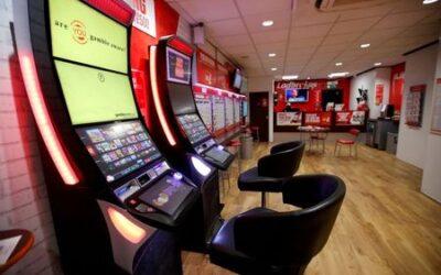 Entain soars on DraftKings bid; MGM keeps poker face