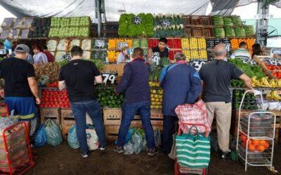 Argentina freezes goods prices after talks break down
