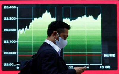 Asian shares advance on earnings optimism, yen slips to 4-yr low