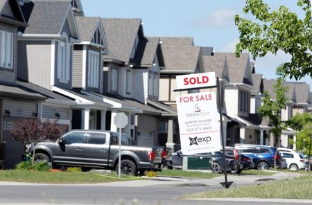 Canadian home price gains accelerate again in May – Teranet