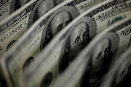 Fed-fueled dollar rises as bears make for exits