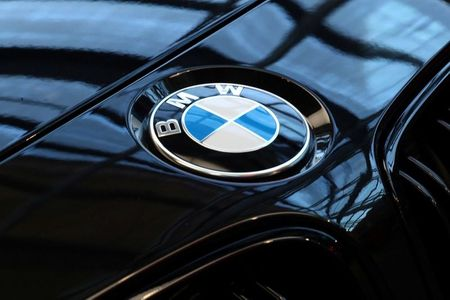 Board member says BMW to cut production cost per vehicle by 25%